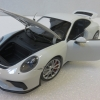 Minichamps MC110067421 Porsche 911 GT3 Touring 2018 白色