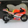 Minichamps MC122112046 Ducati Desmo GP11.2 V. Rossi 2011