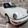 Porsche 911 Carrera 4 輕量版 (964) 競技白